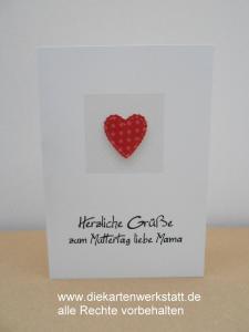 Grußkarte zum Muttertag mit gepunktetem Herz