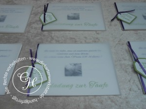 Taufeinladung Transparent lila grün mit Anhänger