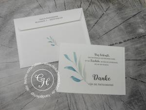 Trauerdanksagung im Querformat mit farbigem Zweig und passend bedrucktem Umschlag